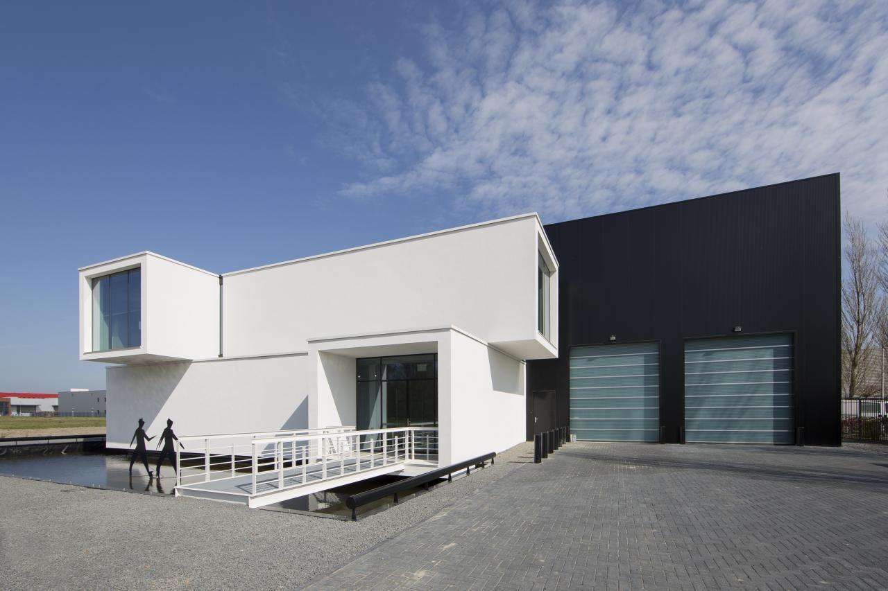 Galileo si chce pronajmout modulární kanceláře, jídelnu a záchody