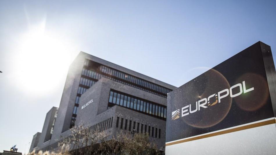 Europol (Haag) hledá poradce pro oblast ICT. Zn: EU reference nutné
