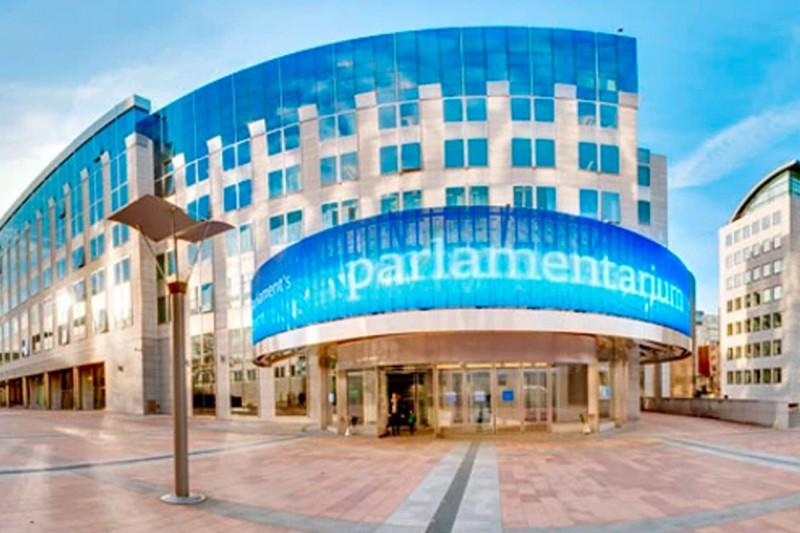 Mediální obsah výstav pro Evropský parlament: tendr za €8m na 4 roky