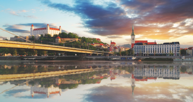 Vlastníte kancelářskou budovu v centru Bratislavy? Velmi solidní zájemce má zájem o koupi nebo i pronájem